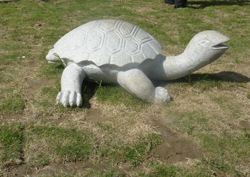 各式各样的动物雕塑,真是精雕细琢