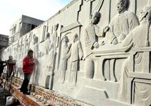 华派雕塑施工校园雕塑-大型浮雕墙